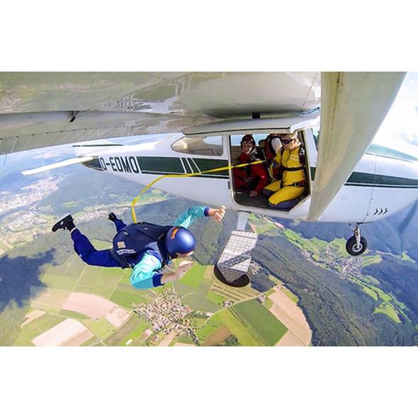 Fallschirm-Schnupperkurs mit Automatik-Sprung im Rhein-Main-Gebiet