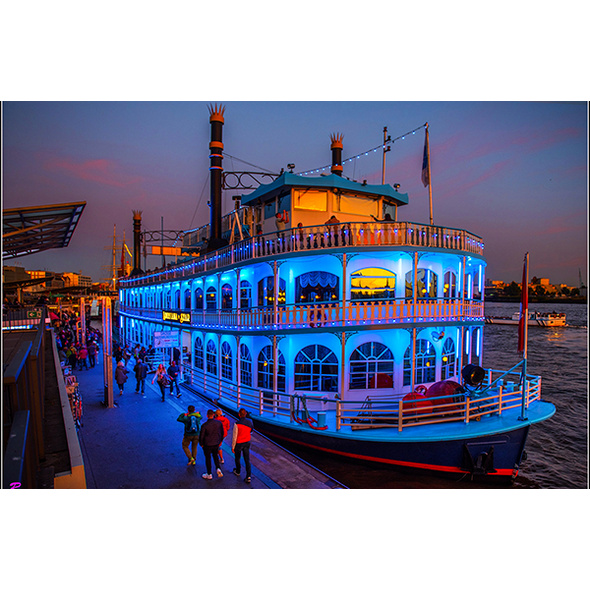 Abendliche Hafenrundfahrt Hamburg
