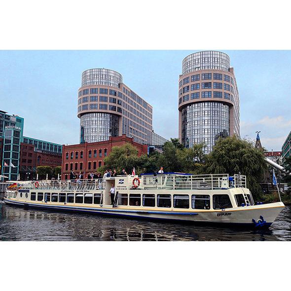 Schifffahrt Berlin (2 Stunden)