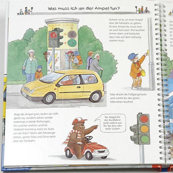 WWW Pass auf im Straßenverkehr