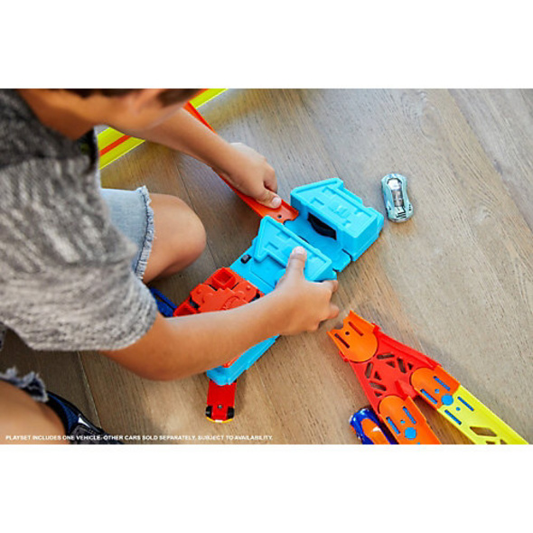 Hot Wheels Track Builder Unlimited Booster Pack, Auto-Beschleuniger inkl. 1 Spielauto