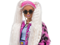 Barbie Extra Puppe mit blonden Zöpfen