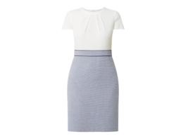 Kleid im zweifarbigen Design